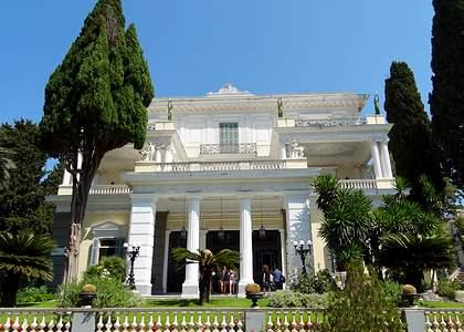 Достопримечательности Корфу: Дворец Ахиллеон