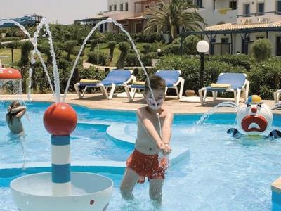 Отели для отдыха в Греции с детьми