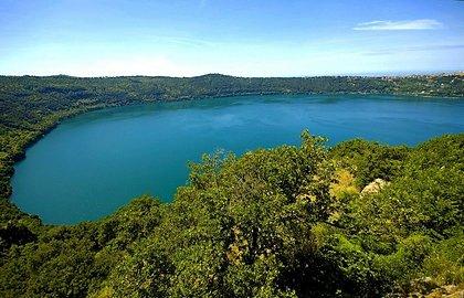 Курорты на озере Альбано