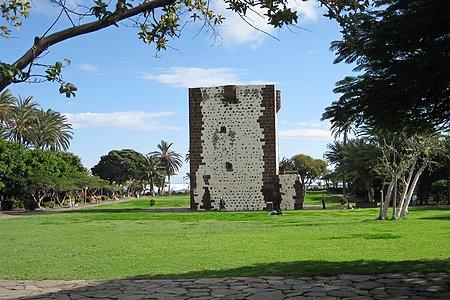 Достопримечательности Канарских осторов - крепость Торре дель Конде