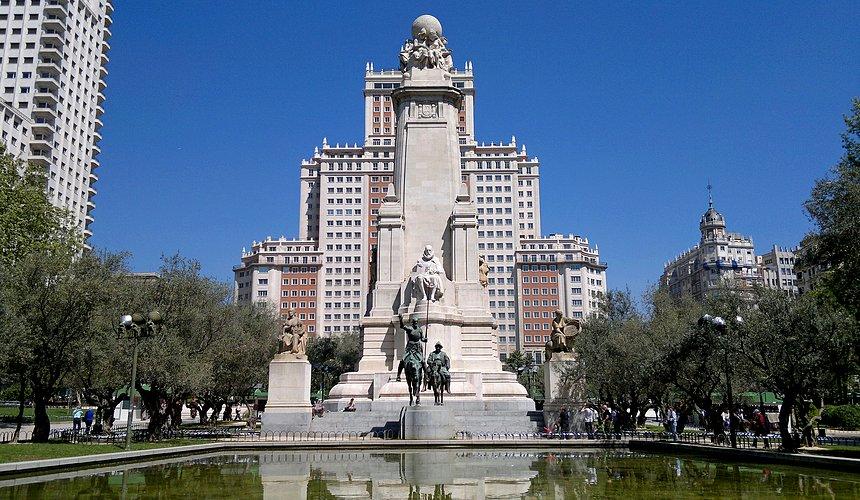 Достопримечательности Мадрида - Площадь Испании