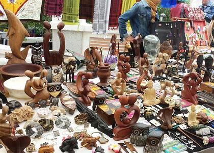 Шоппинг в Испании: рынок El Rastro