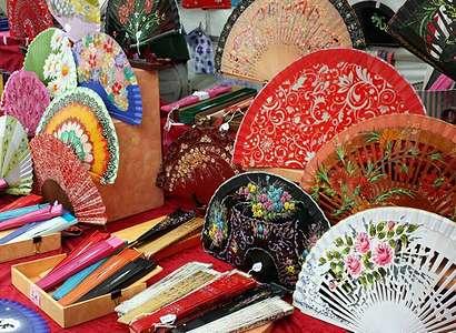 Что можно купить в испании в подарок