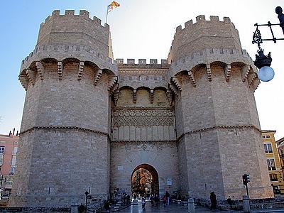 Достопримечательности Валенсии - Ворота Торрес де Серрано