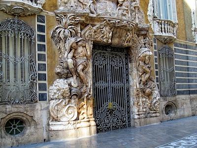 Достопримечательности Валенсии - Шелковая биржа