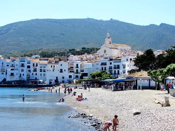 пляж Кадакес