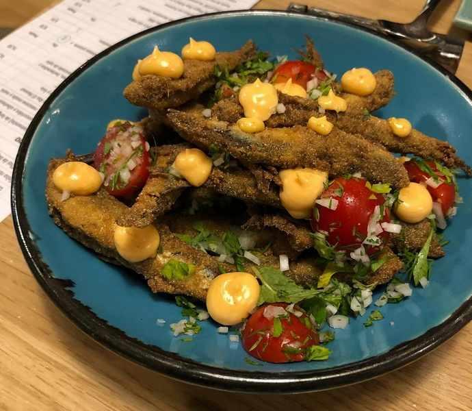 рыба в меню ресторана испания