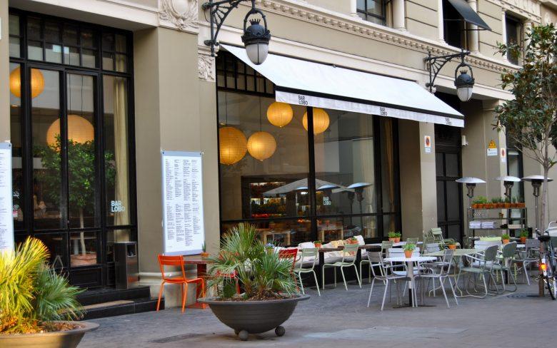 шопинг, бары и рестораны Готического квартала Барселоны