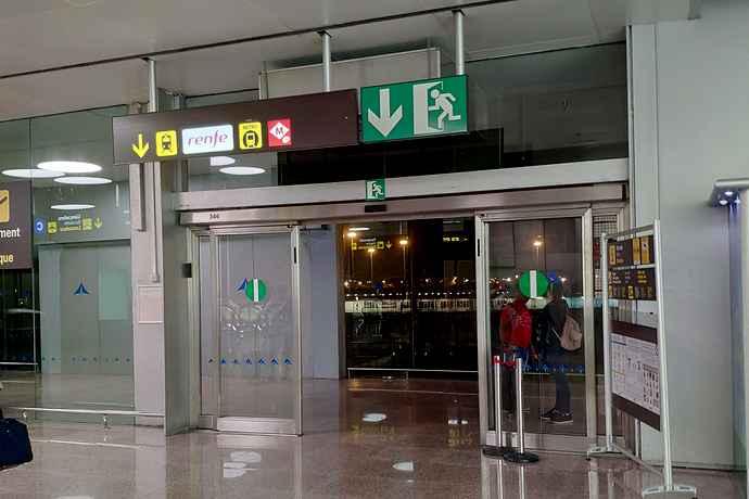 как доехать из аэропорта барселоны в город