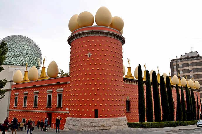 достопримечательности Жироны музей Дали
