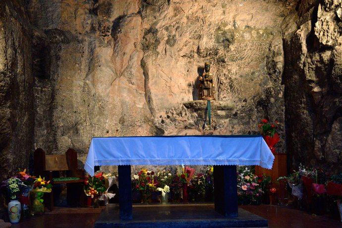 часовня и Черная Дева в монастыре Монтсеррат