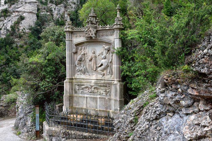 таинство в монастыре Монтсеррат