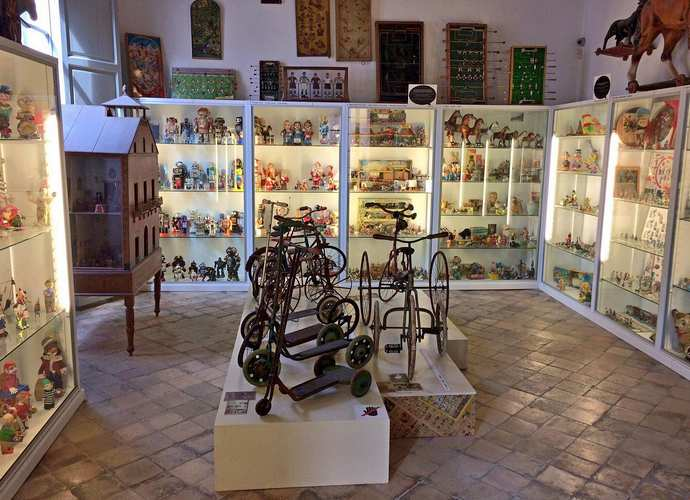 музей кукол игрушек майорка