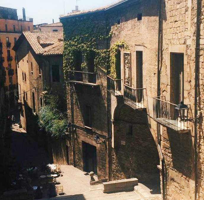 неизведанная Жирона: дворец Агуллана