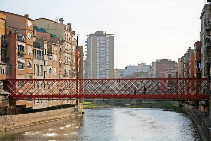 неизведанная Жирона: мост