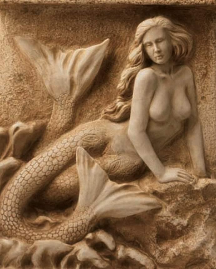 неизведанная Жирона: русалка на Кафедральном соборе