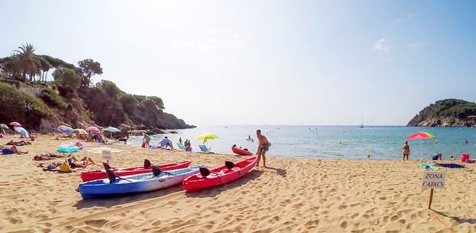 пляжи Жироны