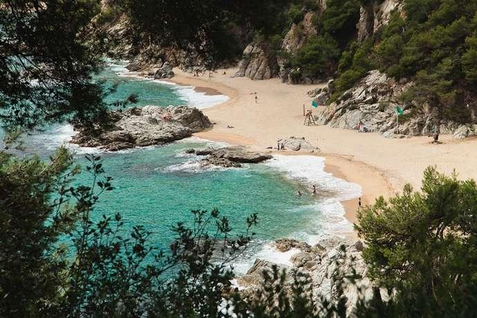 пляжи Жирона: Баоделья