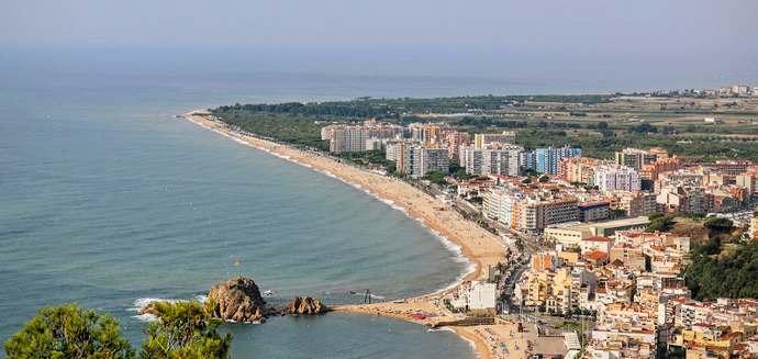 городской пляж Бланес